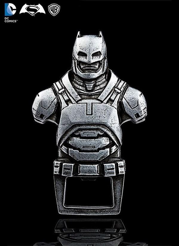 Abridor de Garrafas Armadura Batman
