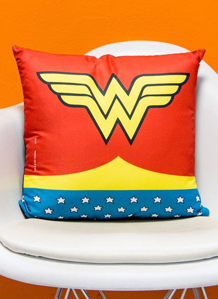 Almofada  Wonder Woman Clothes