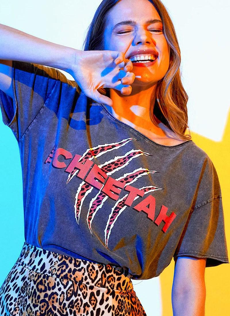 Blusa Mulher Maravilha 1984 Cheetah Garras