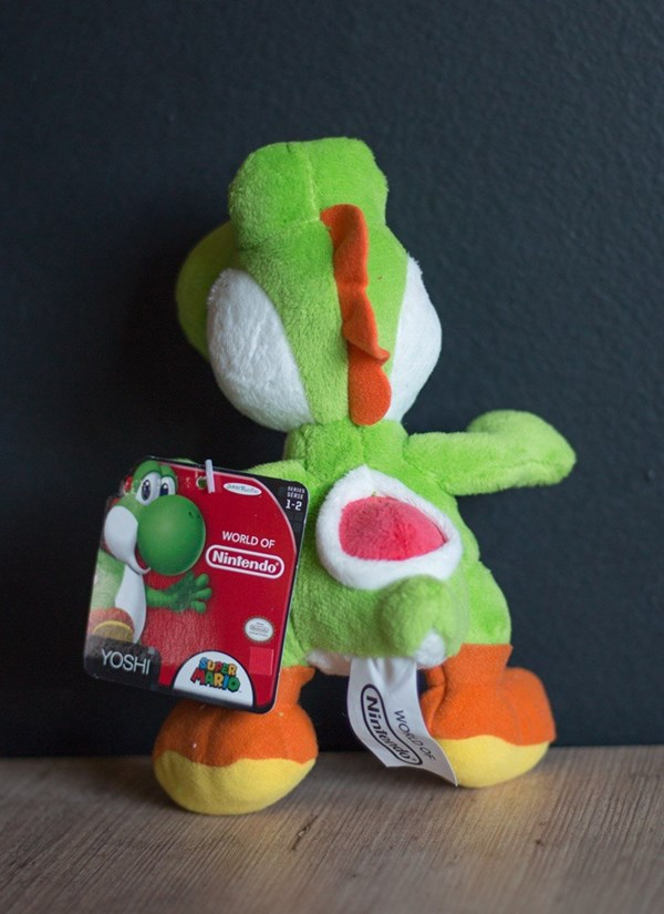 Boneco de Pelúcia Yoshi