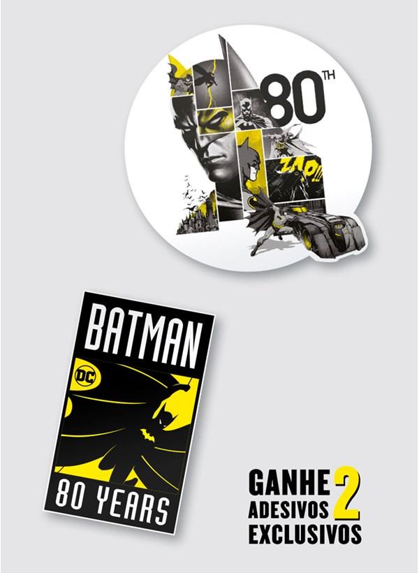 Camiseta Batman 80 Anos As Faces de Batman