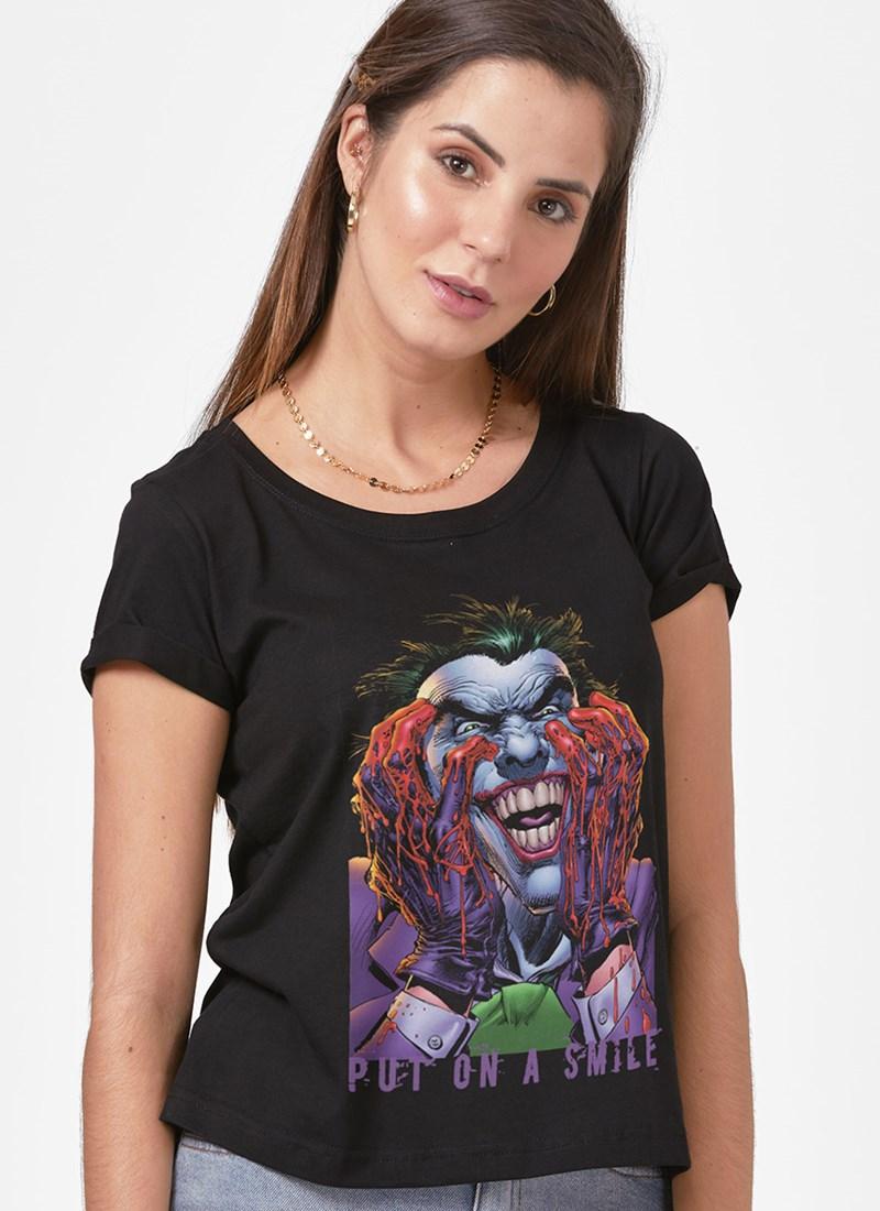 Camiseta Coringa Coloque um Sorriso