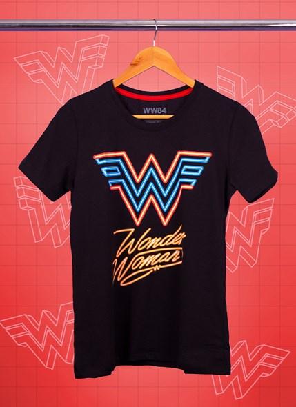 Camiseta Mulher Maravilha Logo Neon