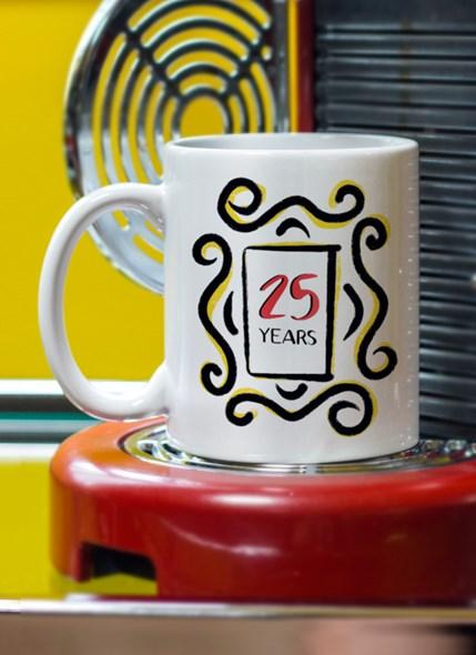 Caneca Friends 25 Anos