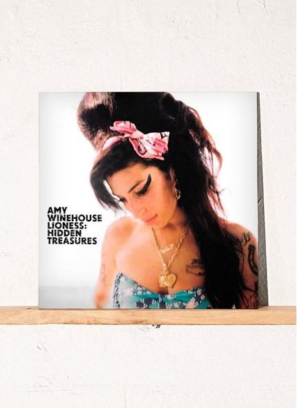 LP Duplo Amy Winehouse - Lioness: Hidden Treasures