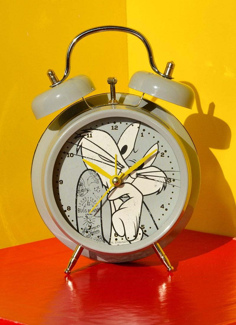 Relógio Despertador Pernalonga Tatooed