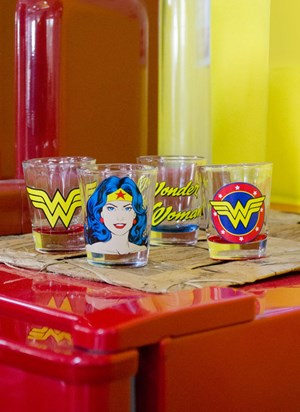 Set 4 Copos para Dose Wonder Woman Face Logo Name