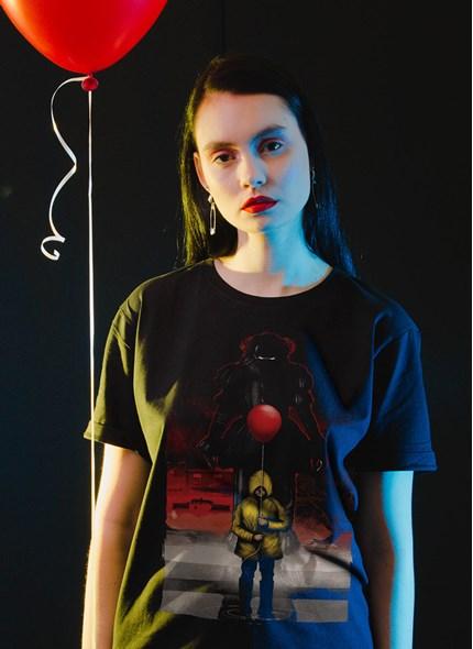 T-shirt IT A Coisa Pôster